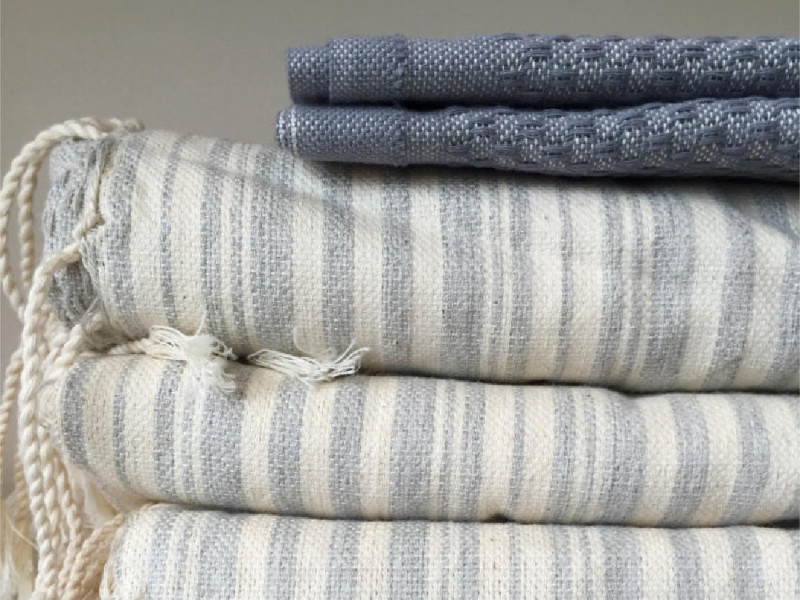Placematts, Table Clothes and Bath Towels - Iron Grate
