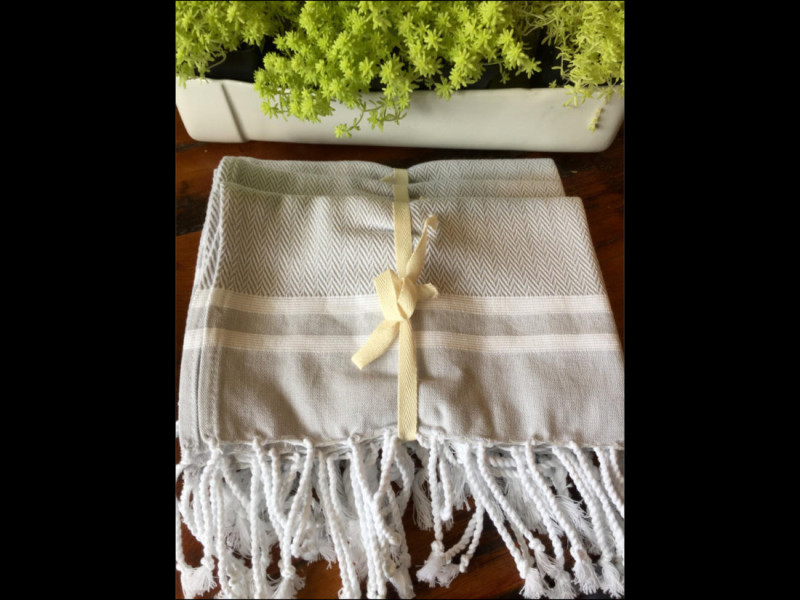 Kitchen Towels - Iron Grate