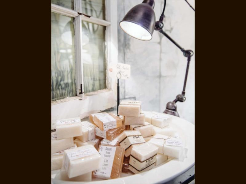 Marseille Soap Lamps - Iron Grate